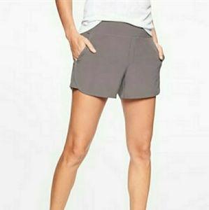 Athleta Brooklyn Shorts NWT Size 0